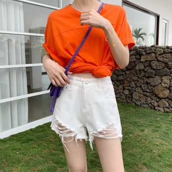 2019 Euro Style Women Denim white solid Shorts Vintage mid Waist Tassel Jeans Shorts Street Wear Sexy Wide Leg Shorts For Summer