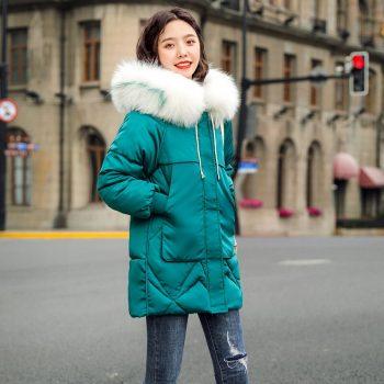 New Winter Coat Women Winter Jacket Womens Parkas Gloves warm detachable fur collar detachable hat Slim fit Outwear BWH009