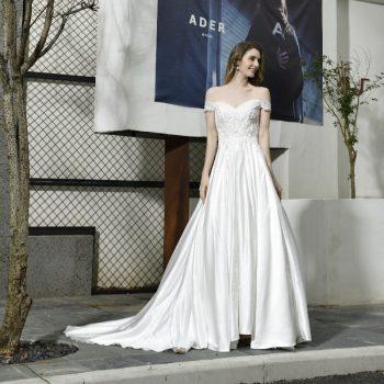 Elegant Off Shoulder Wedding Dress Lace Vintage Satin backless Applique Sequins A-line Bridal Gown