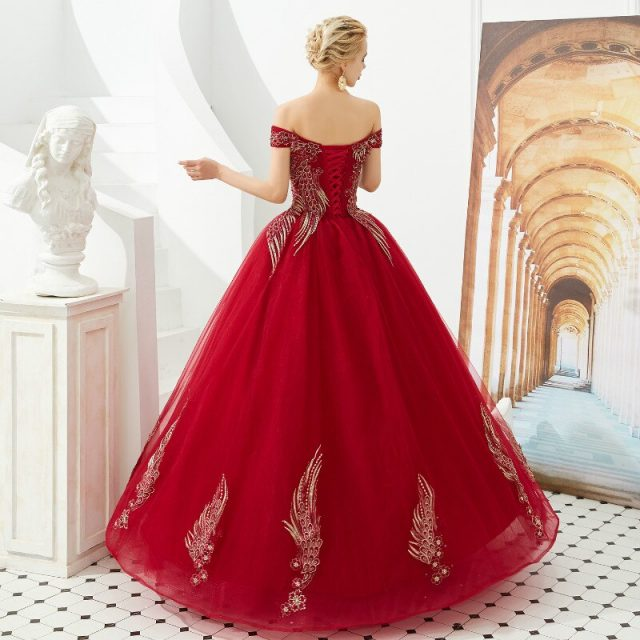 Off Shoulder Wedding Dress Beaded Sequins Embroidery Lace Up presess Bridal Ball gown