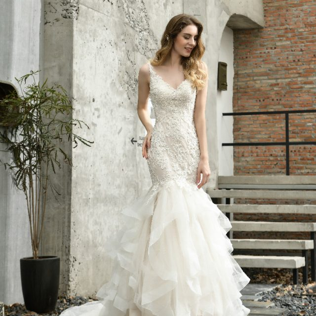 Tiered Mermaid Wedding Dress Sleeveless illusion V-Neck lace Applique Beaded Bridal Gown