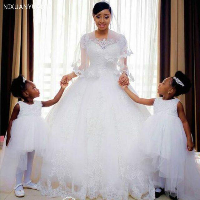 Vintage Lace Appliques Ball Gown Wedding Dresses 2020 Short Sleeves Wedding Gowns Bride Dresses Vestido De Novia