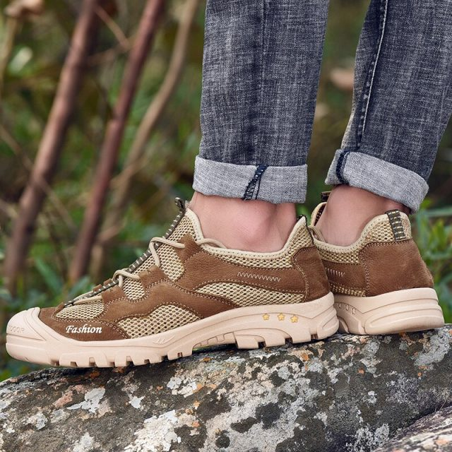 High Quality Brand Men Sneakers Outdoor sport shoes men Hiking Sneakers Summer Footwear Mens Hiking Shoes for man shoes 2019 New