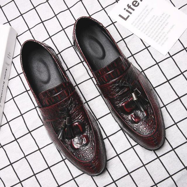 2019 Fashion Brogue Shoes Men Footwear Soft Leather Men Shoes Casual Male Brogues Black Business Shoes KA1407