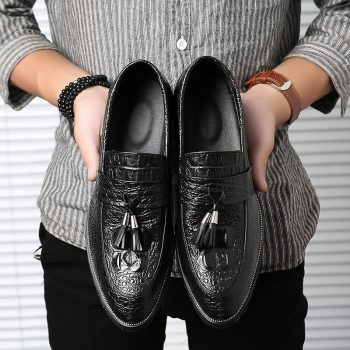 2019 Fashion Brogue Shoes Men Footwear Soft Leather Men Shoes Casual Male Brogues Black Business Shoes KA1407
