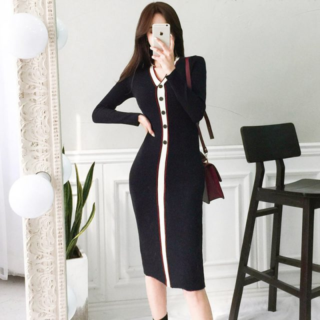 New Fashion Designer Contrast Color Knitted Long Dress Women Winter Long Sleeve V-neck Button Package Hip Bodycon Sweater Dress