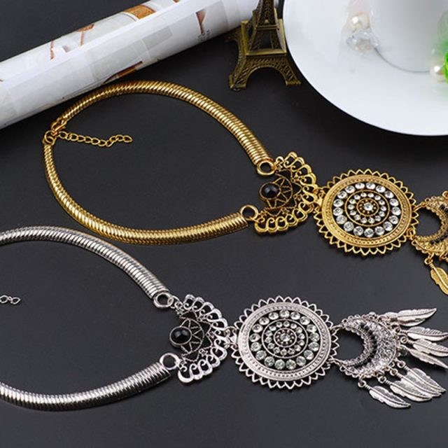 ROSE LIFE Retro Bohemian Alloy Personality Leaf Tassel  Necklace Collar Pendant Jewlery Necklace For Women