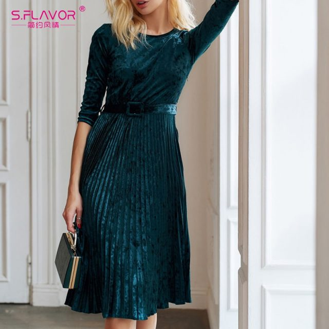 S.FLAVOR Autumn Women Velvet A Line Dress Winter Sexy O Neck Three Quarter Sleeve Pleated Dress Female Elegant Party Vestidos