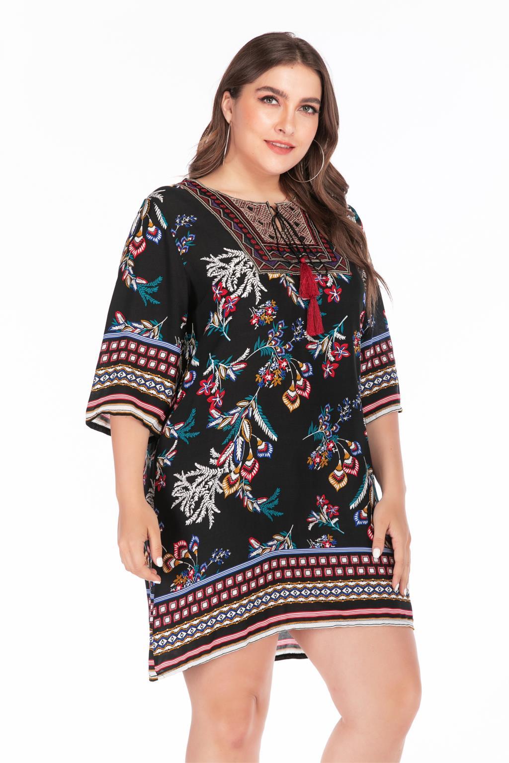 Plus Size Summer Dress 2019 Women Embroidery O Neck Floral Print Short Mini Dress Casual Loose Ladies Tunic Beach Dresses