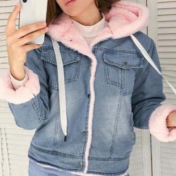 2019 New Velvet Thick Denim Jacket Outerwear Hooded Single Breasted Winter Big Fur Collar Lamb Coat Female Short Coat