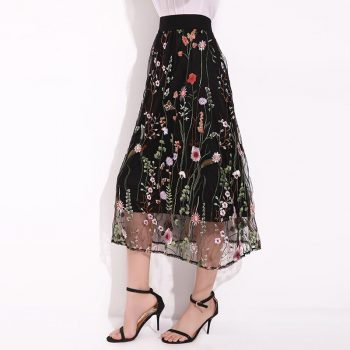 Women 2019 Summer Fashion Elegant Ladies Sexy Mesh Embroidered Waterweed Black Floral Plus Size Pleated mesh Skirt W613