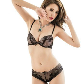 Fashion Sexy Lace Comfortable Underwear Hot-selling Women's Bra Set Luxurious Vintage Lace Embroidery Push Up Bra And Panty Set