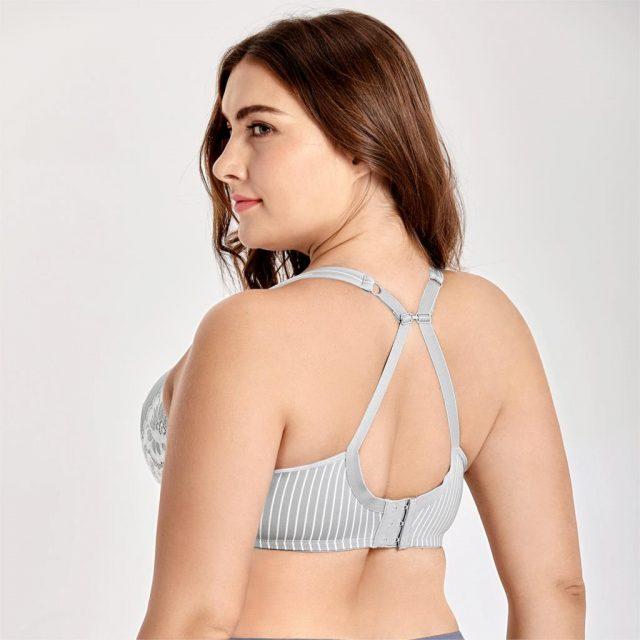 Women's Lightly Lined Underwire Smooth Full Figure Balconette Bra