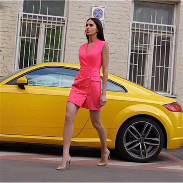 2019 latest explosion double breasted metal lion buckle V-neck sleeveless dress spring and summer casual office lady dress B399