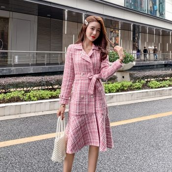 Autumn Winter Pink Plaid Tweed Wool Long Coat Women Notched Double Dreasted Sashes Ruffles Woolen Overcoat Mermaid Outerwear B67