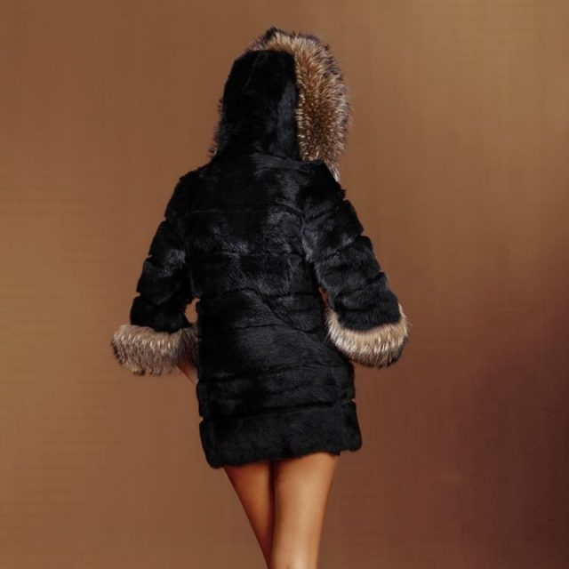 ZY81036 Real Rabbit Fur With Raccoon Fur Collar Hooded Nature Winter Warm Rabbit Fur Outwear Jacket Fur Coat