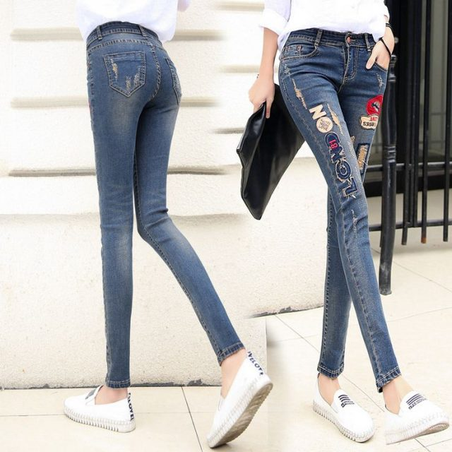 2016 New Lip Denim Pants Ripped Hole Elastic Ladies Skinny Pencil Pantsembroidery Lips Letter Jeans Trousers For Women