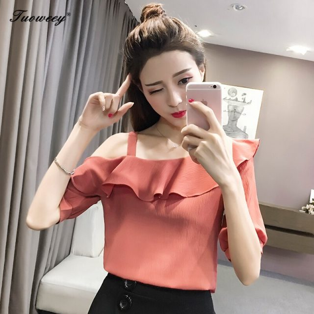 2018 summer fashion new half sleeves sexy Strapless slash neck solid chiffon shoulder off ruffle lotus leaf women T shirt blusas