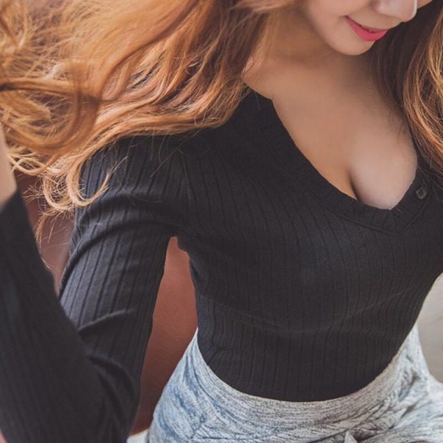 Summer Long Sleeve Sexy Deep V Neck T Shirts Women Fashion Slim Tops Women T-shirts button knitting Tops Tees T Shirt plus size