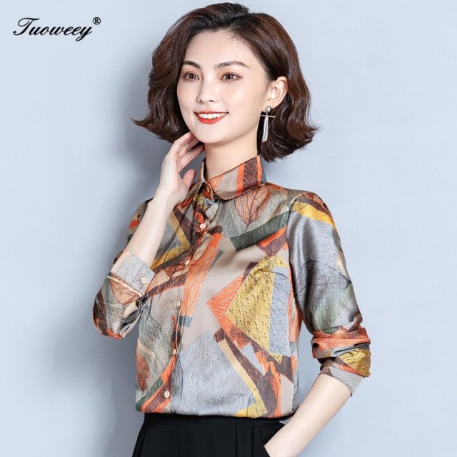 Fashion Women Blouses Floral Print Ladies Shirts spring Casual Short Sleeve Blouse Tops 2020 New O-neck Shirt blusas Plus Size