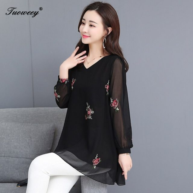 New V-Neck Shirt Embroidered Long Large Size Temperament Shirt Elegant long-Sleeved loose plus size 6XL Top Blouses