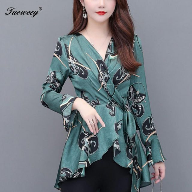 2019 New Arrival Fashion autumn long sleeve floral casual Shirt Female Casual loose geometric Plus Size elegant Printed Blouse