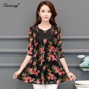 Flowers Embroidery Women Long Sleeve shirts Plus Size Mother Clothes 2018 Spring Fall New Lace O-Neck Fashion Black Red Dress