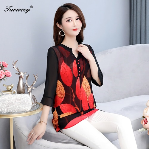 2019 Summer autumn style Women Chiffon Blouse Shirts Casual button Loose elegant v neck half Sleeve Floral Print Tops blusas
