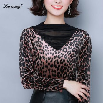 2019 Autumn Hollow out Lace Women T Shirt Older Women long sleeve leopard printed see through Autumn female Women tops