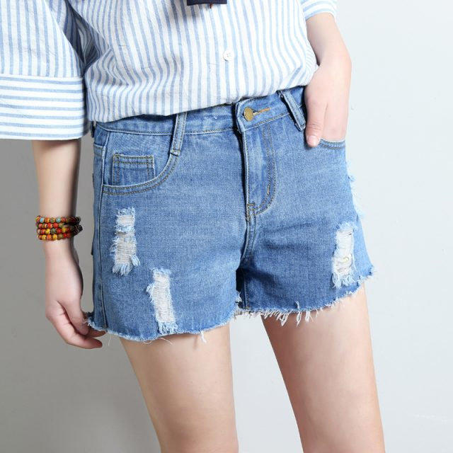 2019 Euro Style Women Denim Shorts Vintage mid Waist hole Jeans Shorts Street Wear Sexy Wide Leg Shorts For Summer