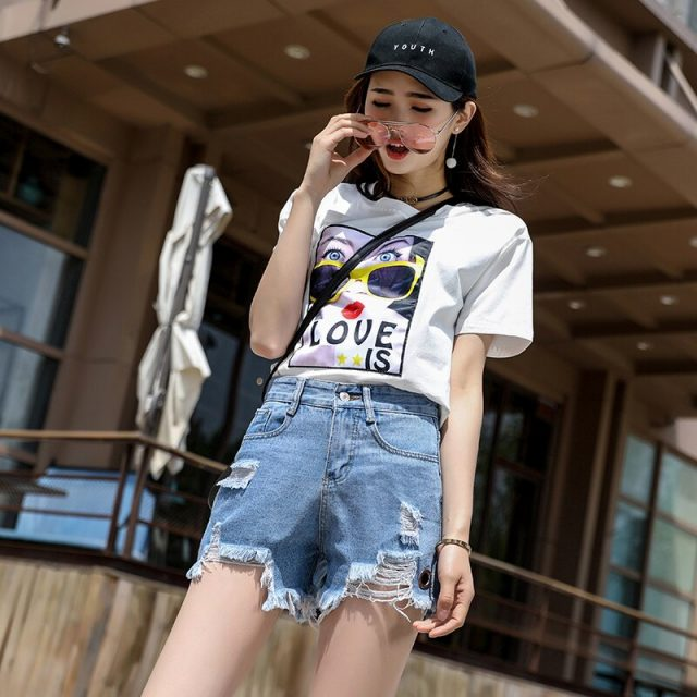 2019 Euro Style Women Denim Shorts Vintage mid Waist solid hole Jeans Shorts Street Wear Sexy Wide Leg Shorts For Summer