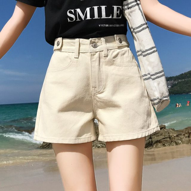 2019 Euro Style Women stright Denim Shorts Vintage mid Waist Tassel Jeans Shorts Street Wear Sexy Wide Leg Shorts For Summer