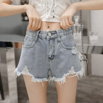 2019 Euro Style Women Denim hole Shorts Vintage mid Waist Tassel Jeans tassel Shorts Street Wear Sexy Wide Leg Shorts For Summer