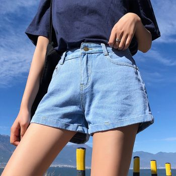 2019 Euro Style Women Denim Shorts Vintage mid Waist Tassel Jeans Shorts Street Wear Sexy Wide Leg Shorts For Summer