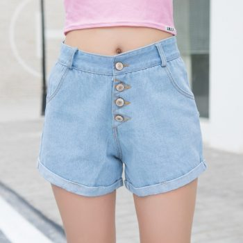 2019 Euro Style Women button Denim Shorts Vintage mid Waist Tassel Jeans Shorts Street Wear Sexy Wide Leg Shorts For Summer