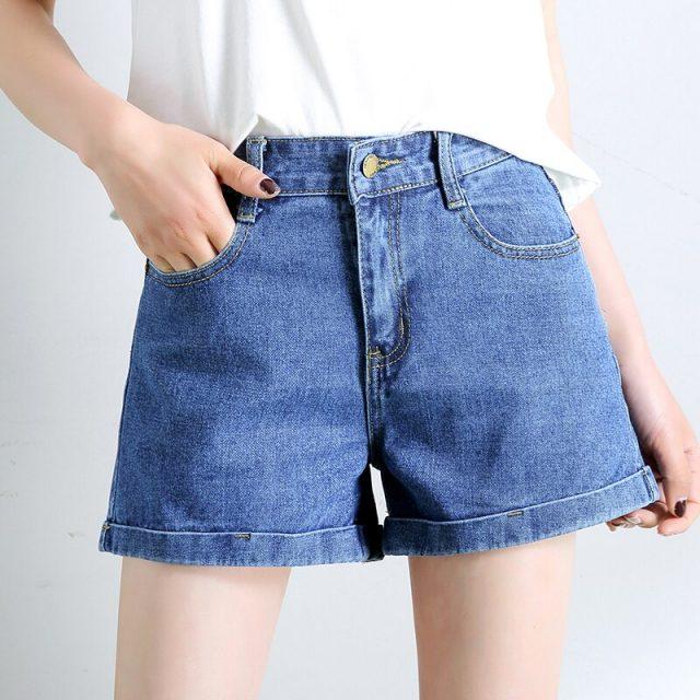 2019 Euro Style Women Denim Shorts Vintage mid Waist Tassel Jeans Shorts Street Wear Sexy Wide Leg Shorts For Summer