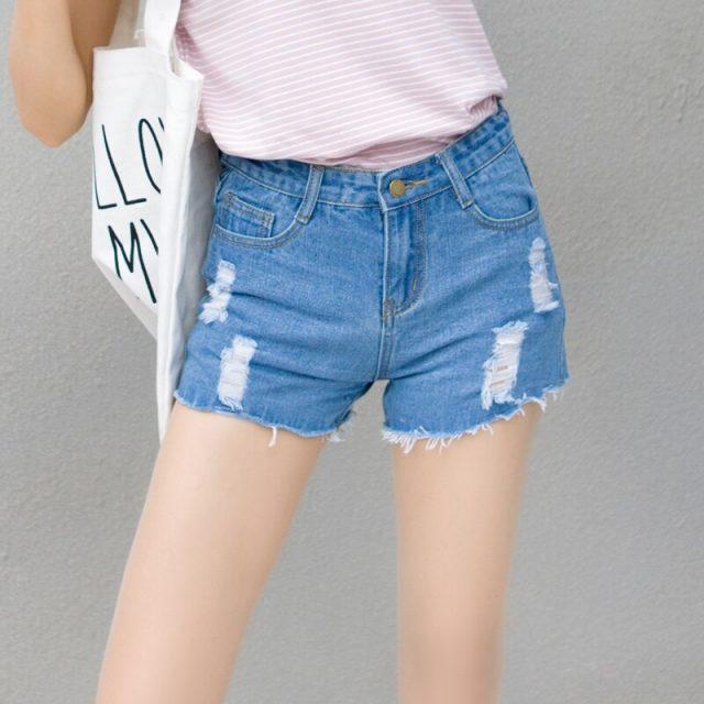 2019 Euro Style Women hole Denim Shorts Vintage mid Waist Tassel Jeans Shorts Street Wear Sexy Wide Leg Shorts For Summer