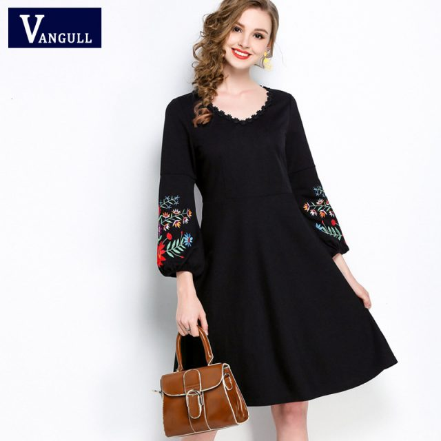 Vangull Plus size 5XL summer women casual Bohemian style Embroidered O-Neck dress 2018 new Pleated elegant vestido Black Dresses