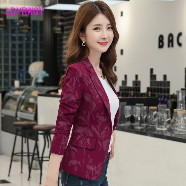 2019 new autumn Korean version of the self-cultivation retro printing small suit jacket female Office Lady  Single Breasted