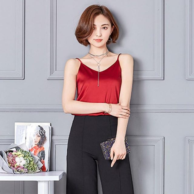 Women Tank Top Sexy Silk Ladies Camisole Bottom Blouse Shirt Soft Satin Tank Top Crop Blusas De Tirantes De Mujer Women Tank Top