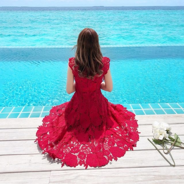 High quality luxury Women Elegant Red Lace Dress Women Sexy Hollow Out Chic Runway Dresses vestidos