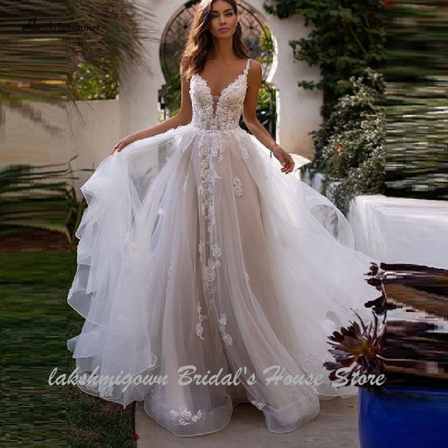 Lakshmigown Country Wedding Dresses 2020 Sexy Bridal Dress Vintage Lace Appliques Princess Tulle Wedding Gowns Long Train