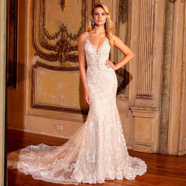 2020 Elegant Shiny Mermaid Wedding Gowns Vestidos De Novia Corte Sirena Sexy V-neck Backless Appliques Lace Beading Gowns