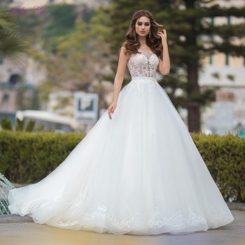 Julia Kui Luxury A-line Wedding Dress Princess Bridal Dress Of Sequins Crystals Court Train