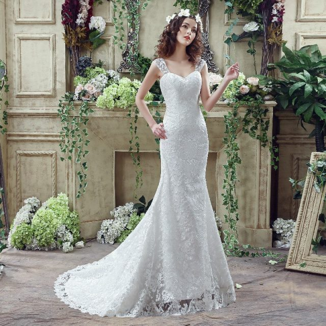 Simple Elegant lace Wedding Dress Strap sleeveless Slim-line Mermaid Embroidery Lace Up Bridal ball Gown