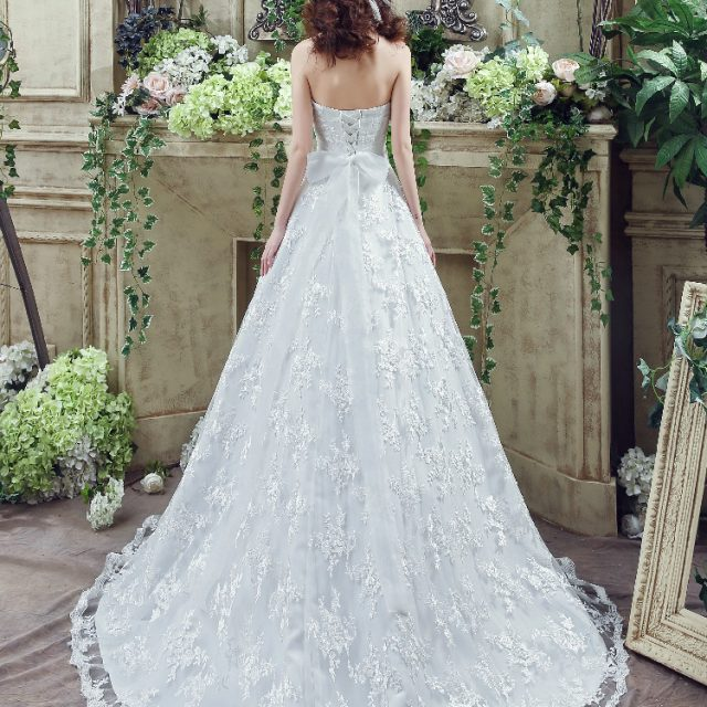 Luxury lace Wedding Dress with Paillette Sash Ruche Strapless back Bowknot Lace Up  Applique Bridal ball Gown