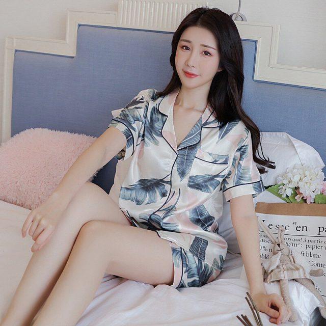 2019 Summer Silk Satin Shorts Pajama Sets for Women Short Sleeve Print Sleepwear Pyjama Loungewear Homewear Pijama Mujer Clothes